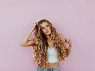 sécher ses cheveux à l'air libre