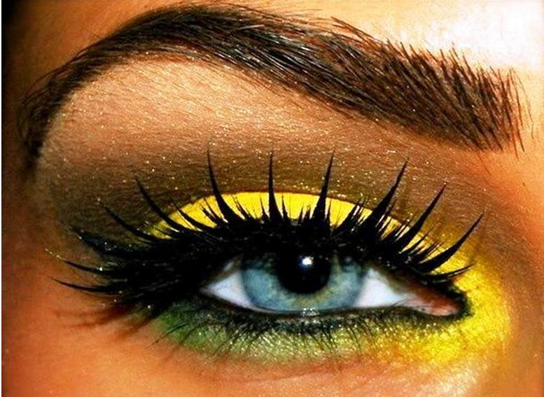 Maquillage yeux jaune - avis