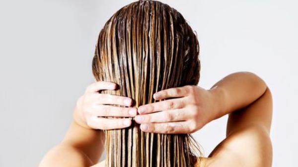 lisses ses cheveux sans lisseur